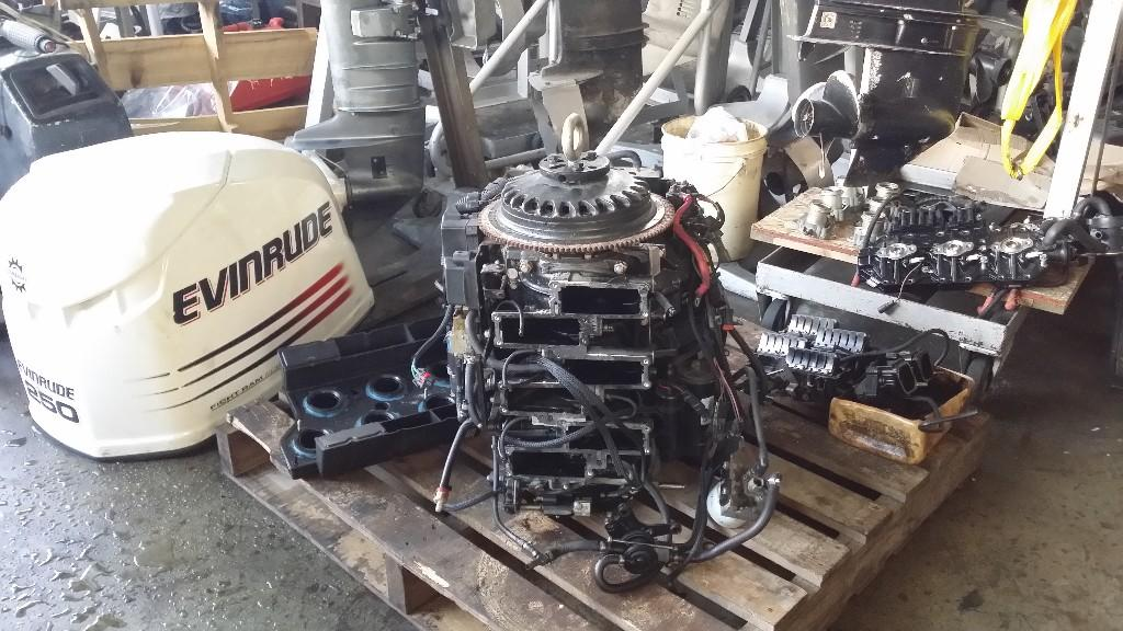 All kinds of boat engine repair inboard or outboard for Outboard boat motor repair